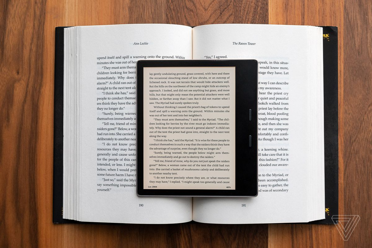 Amazon Kindle Oasis 2019 review: getting warmer - The Verge