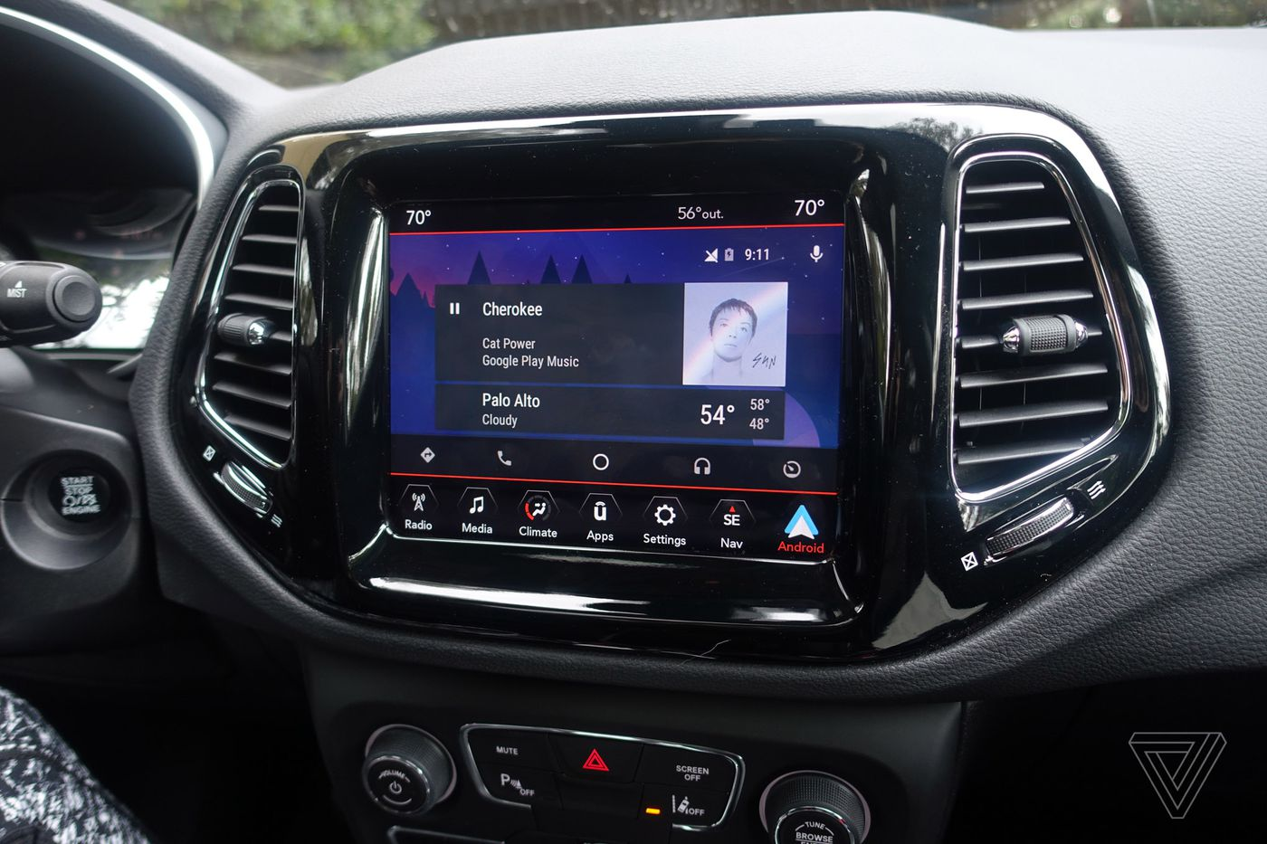 ScreenDrive: From a 'dumb' Jeep to one with the latest Uconnect