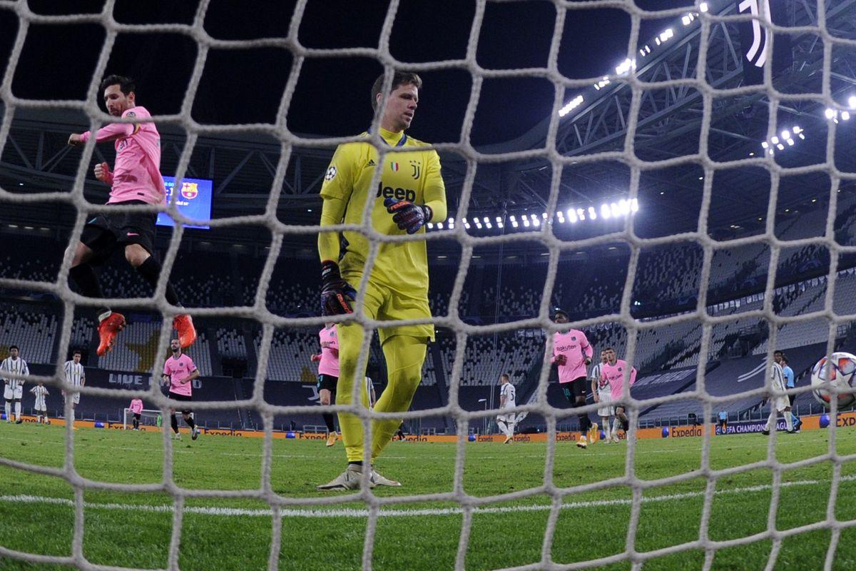 (SP)ITALY-TURIN-FOOTBALL-UEFA CHAMPIONS LEAGUE-JUVENTUS VS BARCELONA