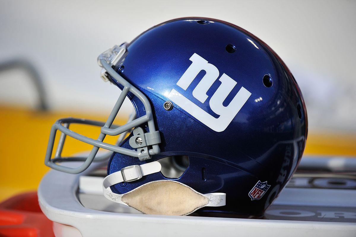 New York Giants v Tennessee Titans