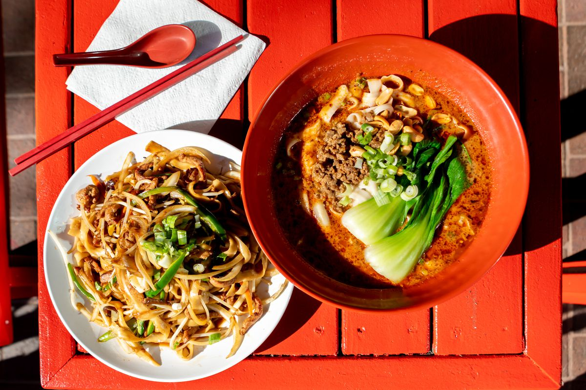 Overhead view of two styles of knife-cut noodles, one dry and the other in a bowl of broth