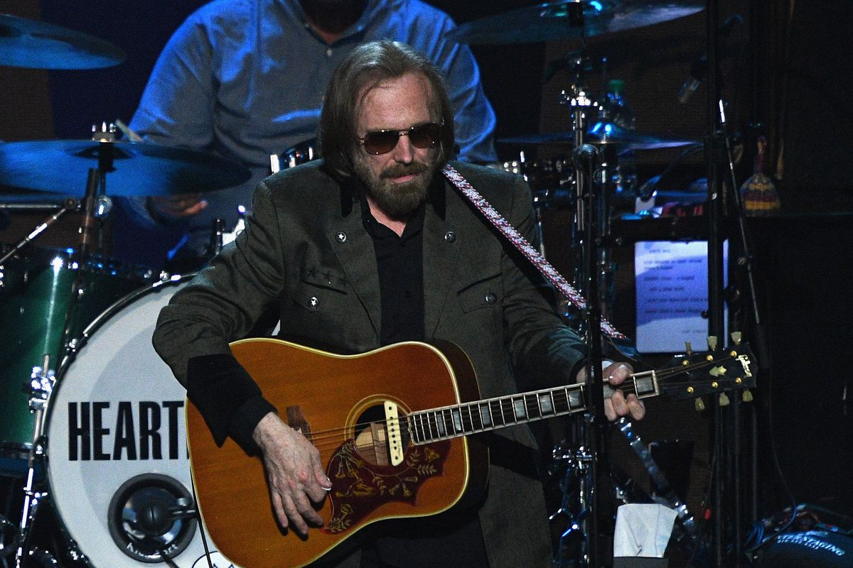 Rock legend Tom Petty died of accidental overdose, family members say