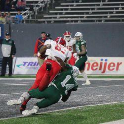 Khalil Newton catching Ball State's first touchdown.<br>