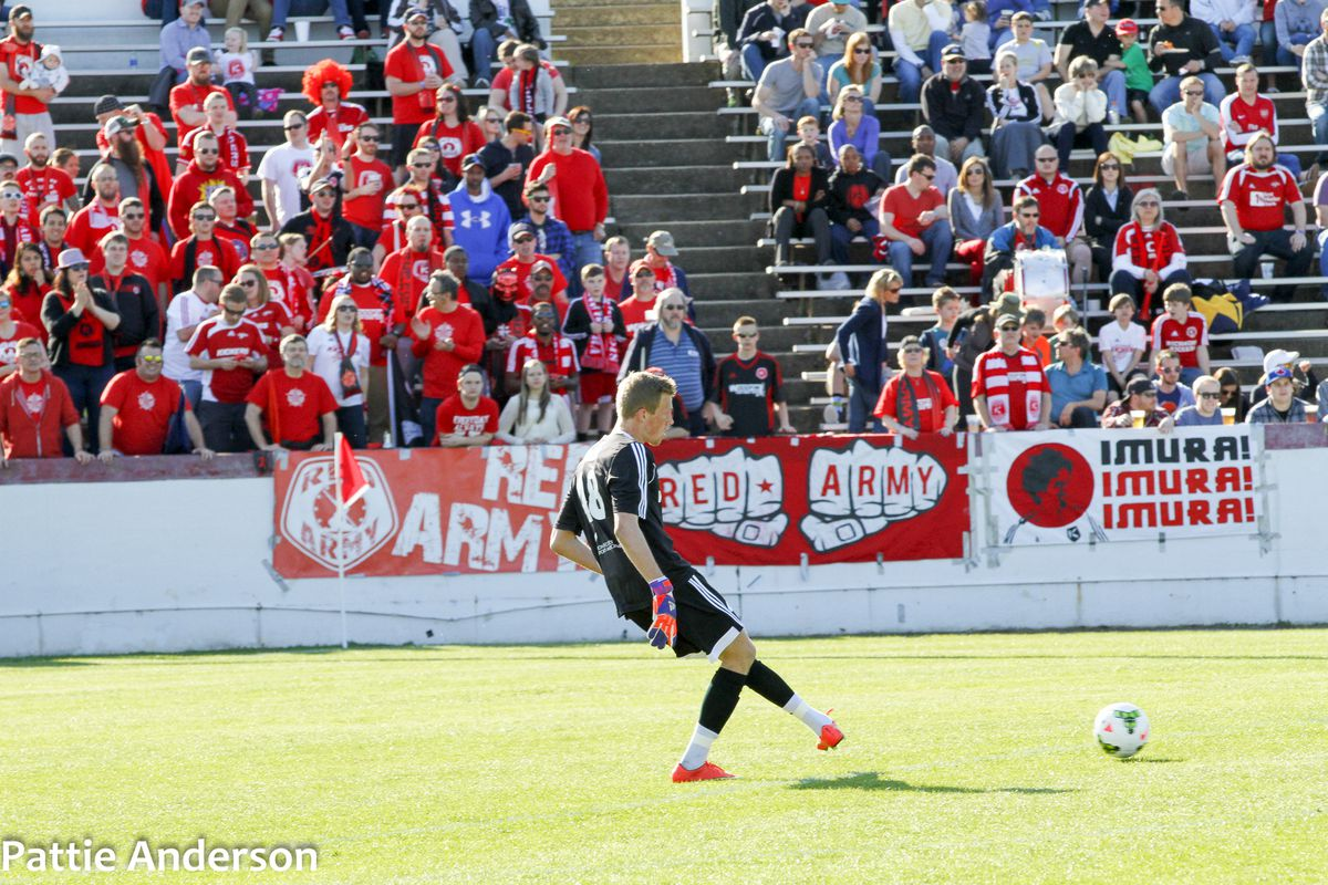 Travis Worra in goal for the RIchmond Kickers