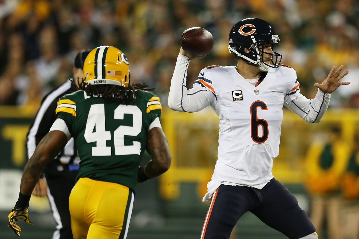 Jay Cutler didn't get many chances last week, but looks to get back on track against the Rams. (Photo by Jonathan Daniel/Getty Images)