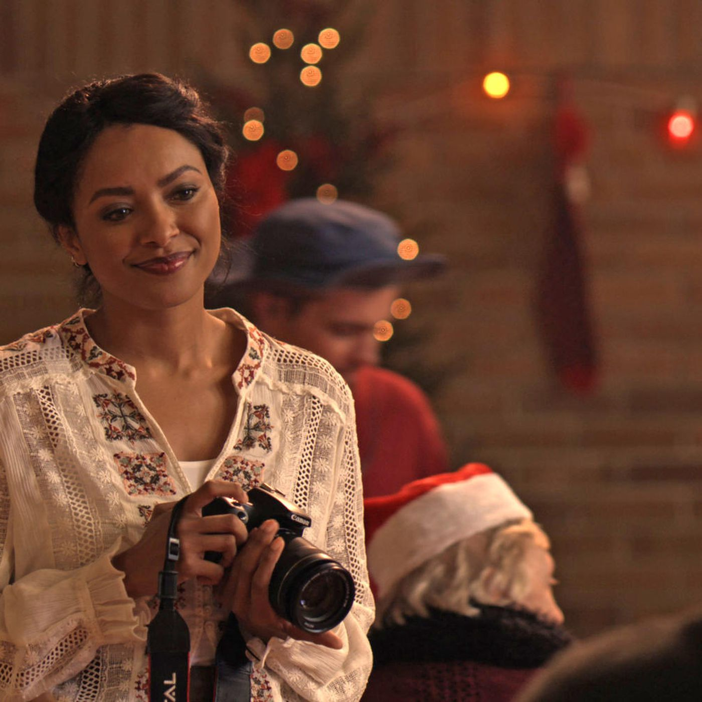 Netflix's The Holiday Calendar review: aggressively bland - Vox