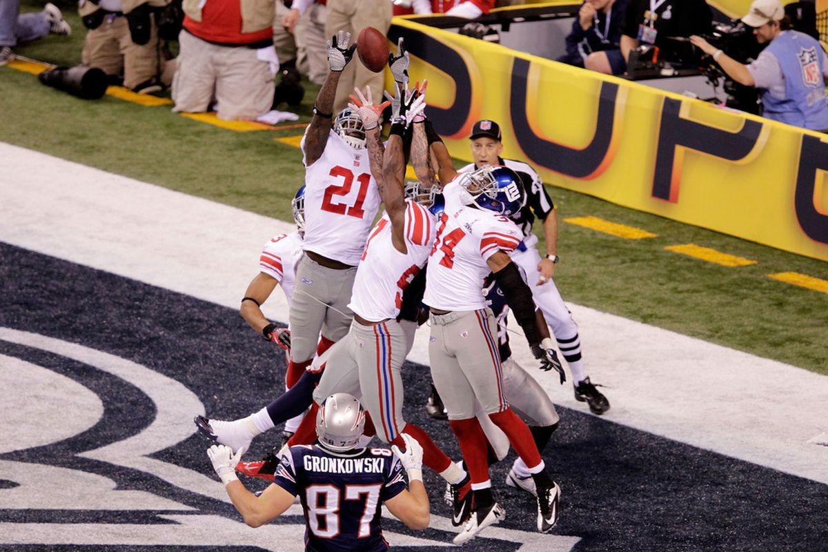 Kenny Phillips putting the final touches on the Giants Super Bowl victory