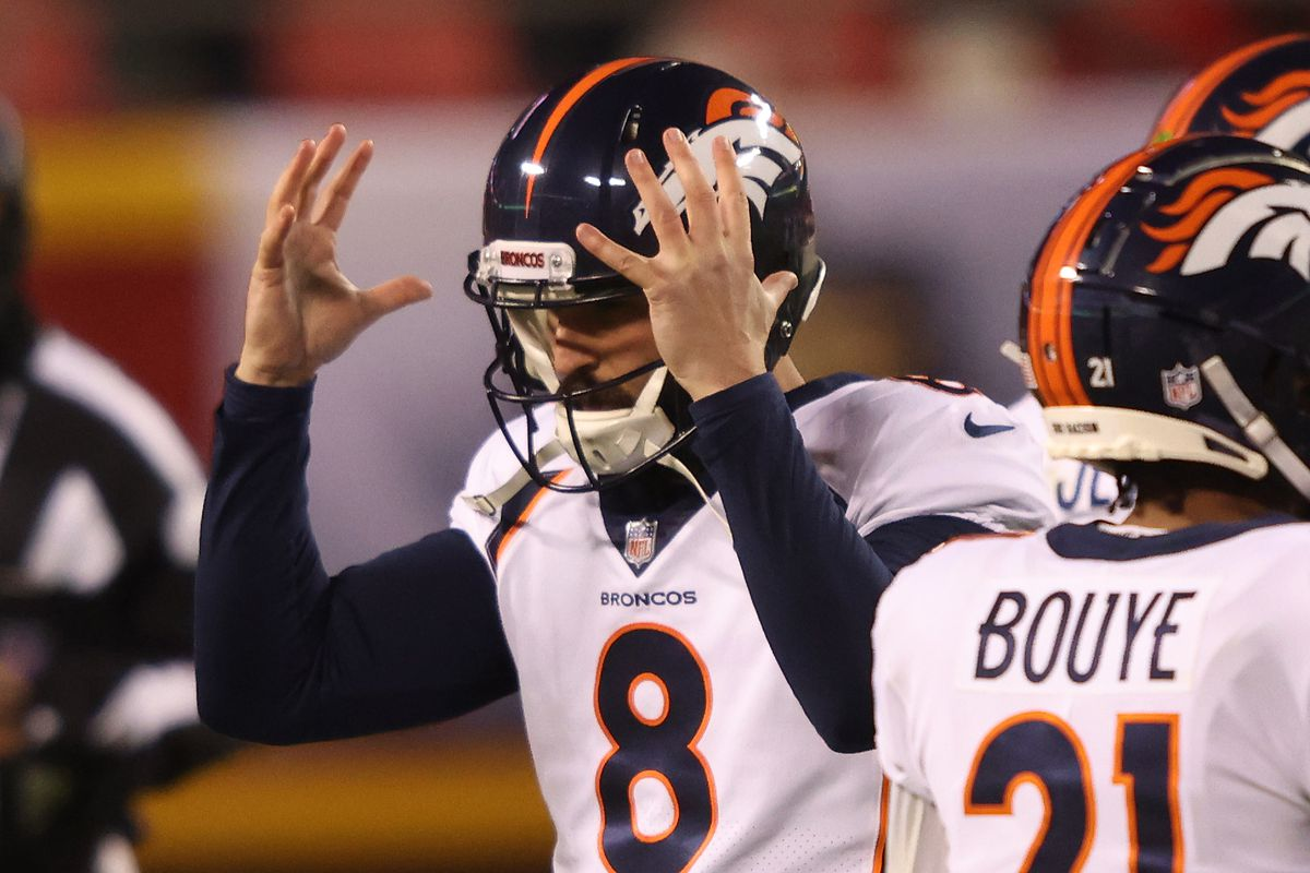 Brandon McManus #8 of the Denver Broncos reacts after missing a field goal attempt during the second quarter of a game against the Kansas City Chiefs at Arrowhead Stadium on December 06, 2020 in Kansas City, Missouri.