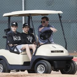 Chicago White Sox general manager Rick Hahn watches during a spring training baseball workout Saturday, Feb. 16, 2019, in Glendale, Ariz. | Morry Gash/Associated Press