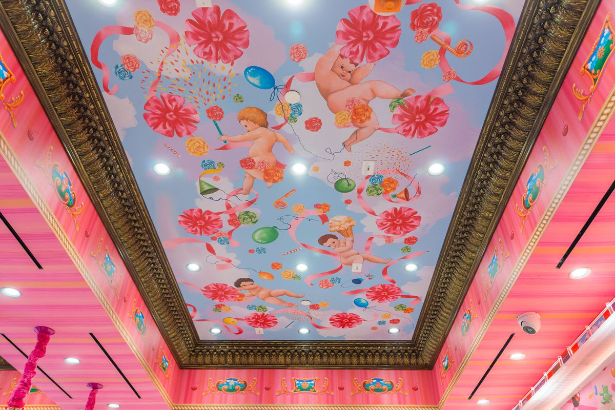 The ceiling at Sloan's Ice Cream