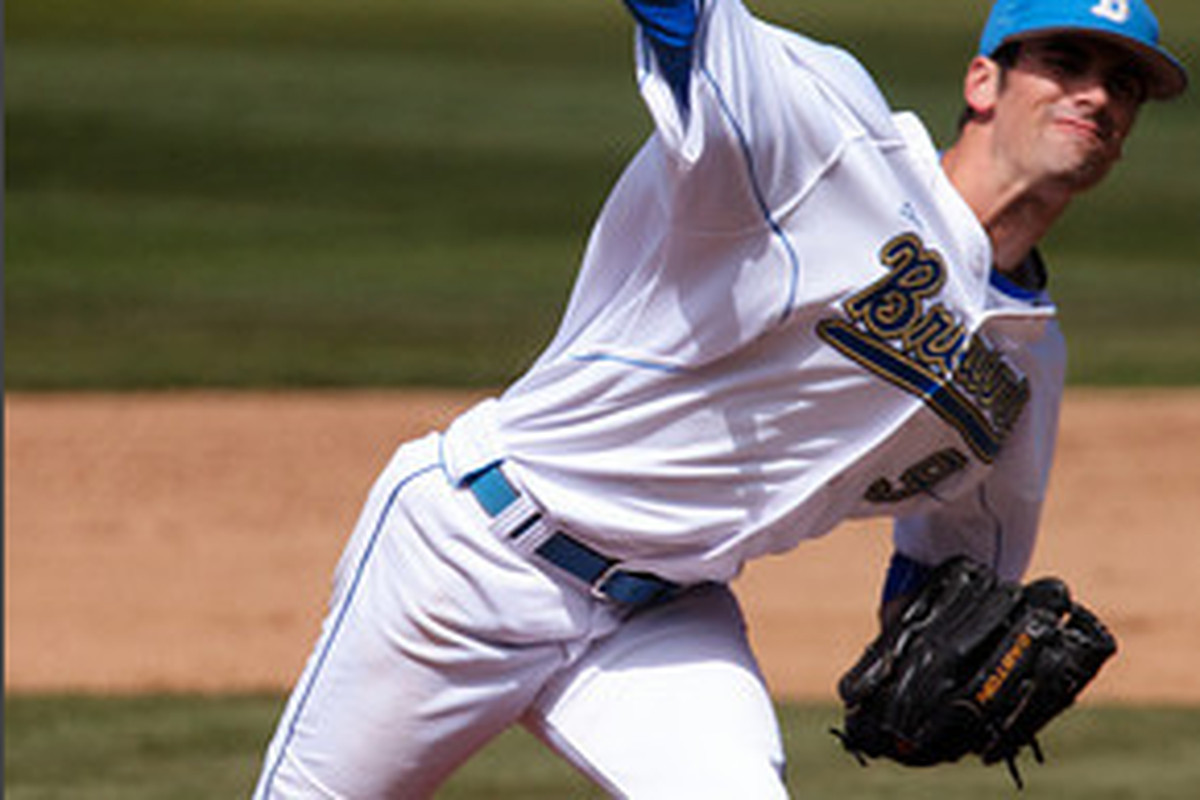 """Adam Plutko continues to pitch great for the Bruins without the reward of a win (Photo Credit: <a href=""""http://www.scottwuphotography.com/Sports/UCLA-Sports/110403UCLABaseballvWA/16467722_7dHpi#1239145029_k6GBf"""" target=""""new"""">Scott Wu</a>)"""