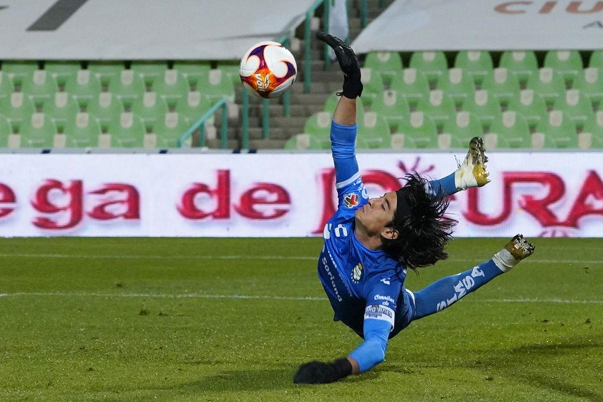 Santos Laguna v Tigres UANL - Torneo Guard1anes 2021 Liga MX