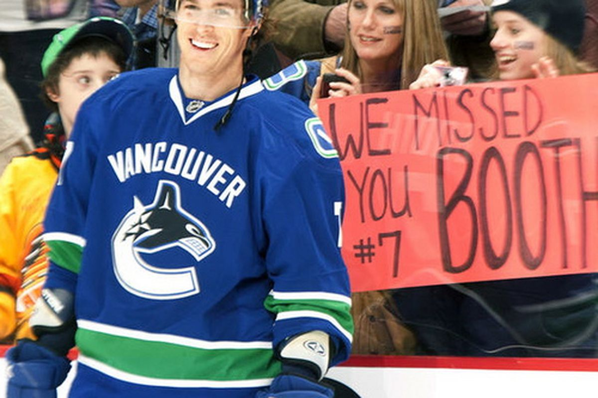"""<a href=""""http://www.twitter.com/D_Booth7"""">David Booth's Twitter profile pic</a> the day after his return. What an egomaniac."""