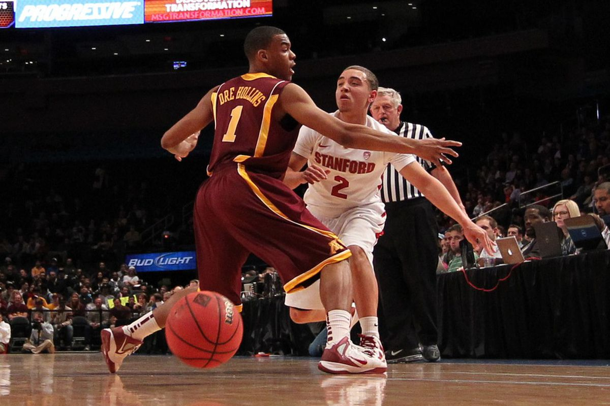 Aaron Bright and Stanford got the best of Andre Hollins and Minnesota in the NIT title game.