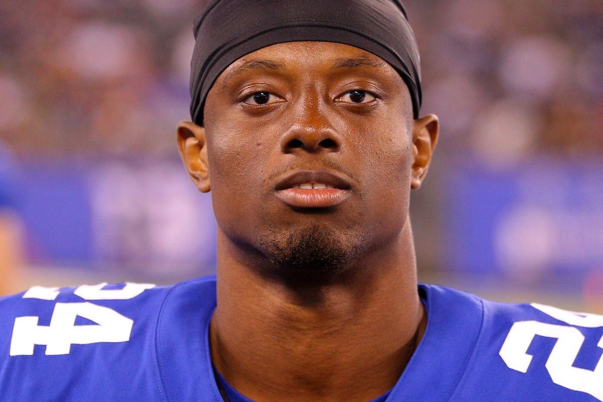 "Giants ""trying to build up"" Eli Apple on and off the field Big"