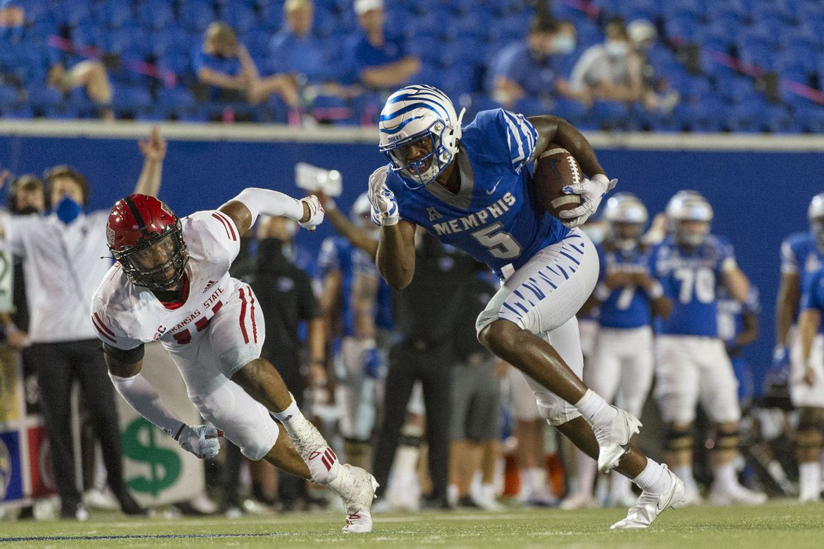 NCAA Football: Arkansas State at Memphis
