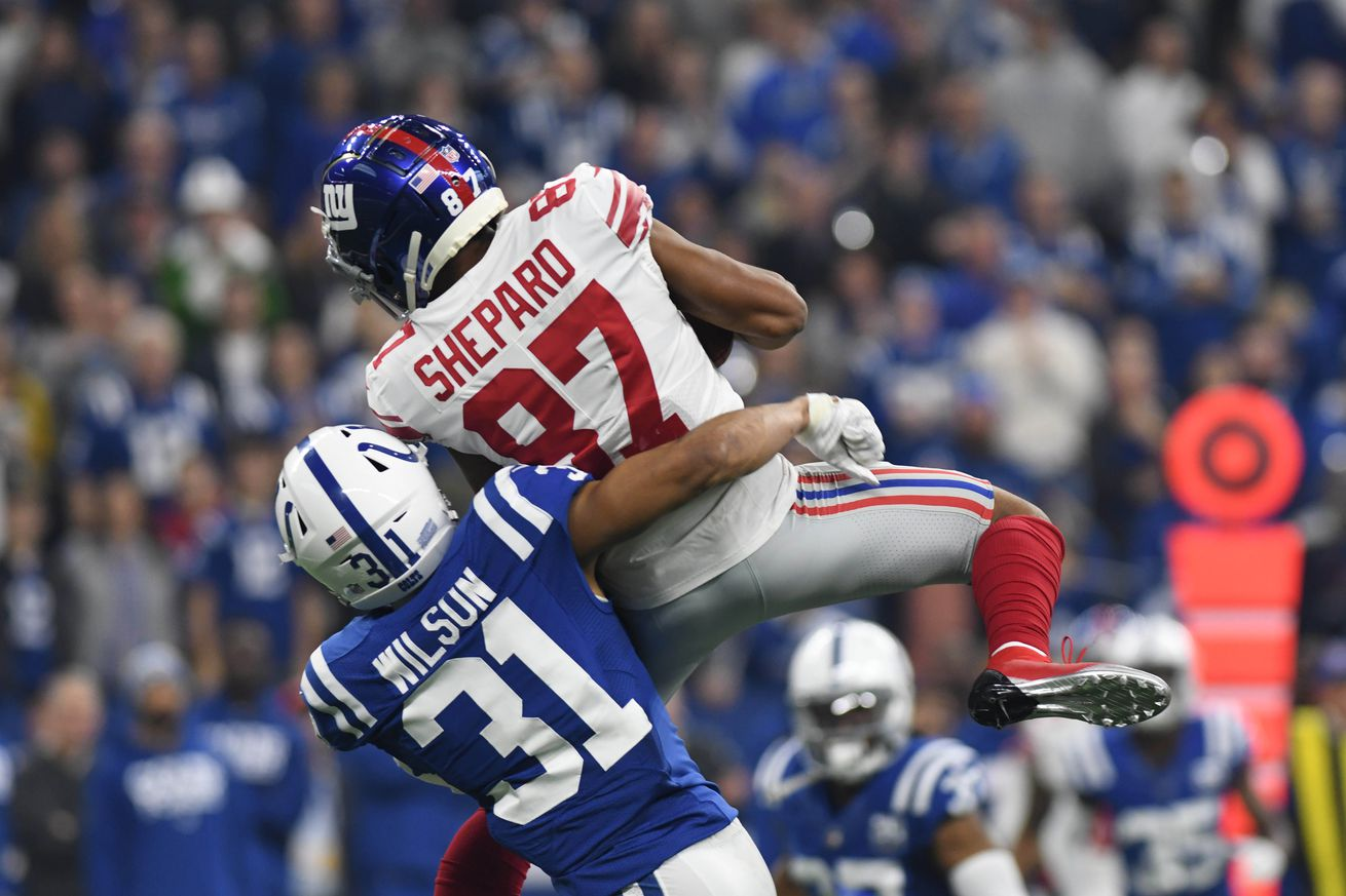 Sterling Shepard makes a catch.