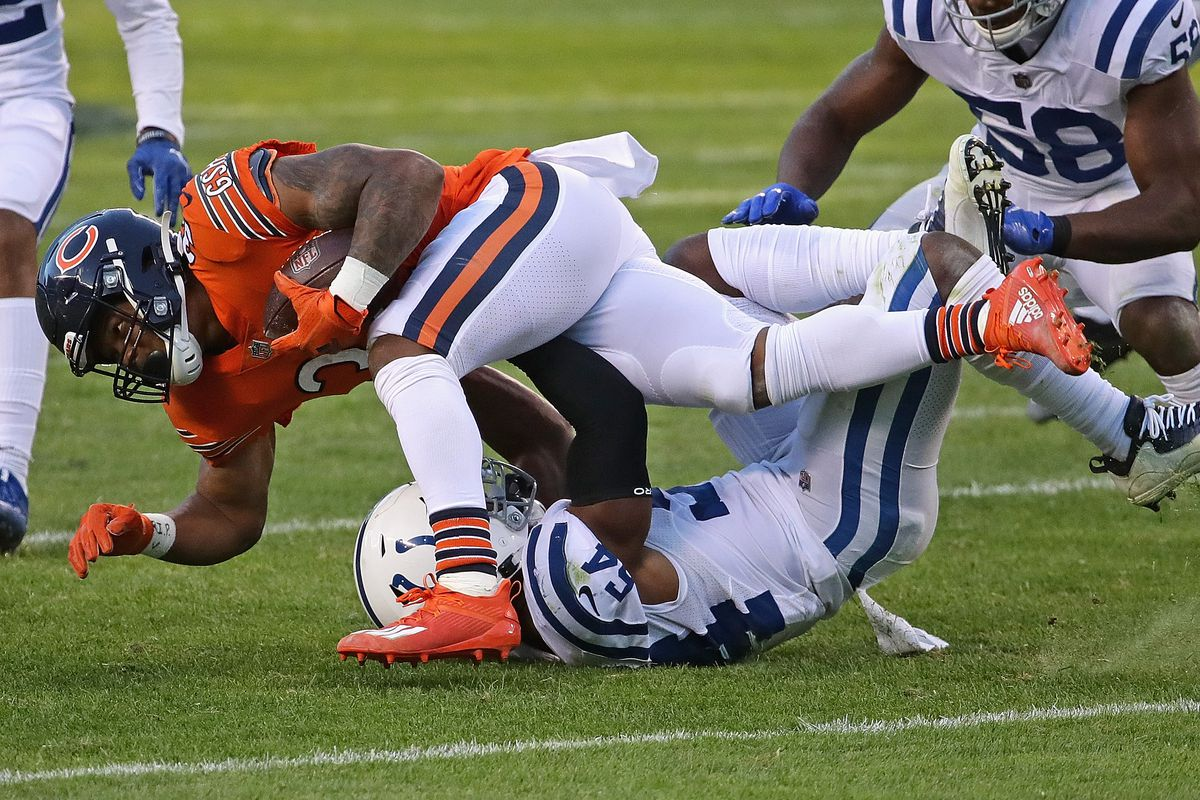Bears running back David Montgomery (32) rushed for 27 yards on 10 carries in the Bears' 19-11 loss to the Colts on Sunday at Soldier Field.
