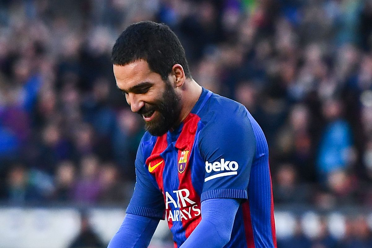Arda Turan: Barcelona midfielder announces Turkey retirement after abuse claim