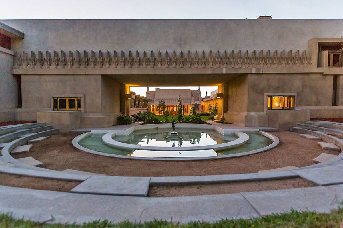 Tour Frank Lloyd Wright's fully restored Hollyhock House - Curbed LA