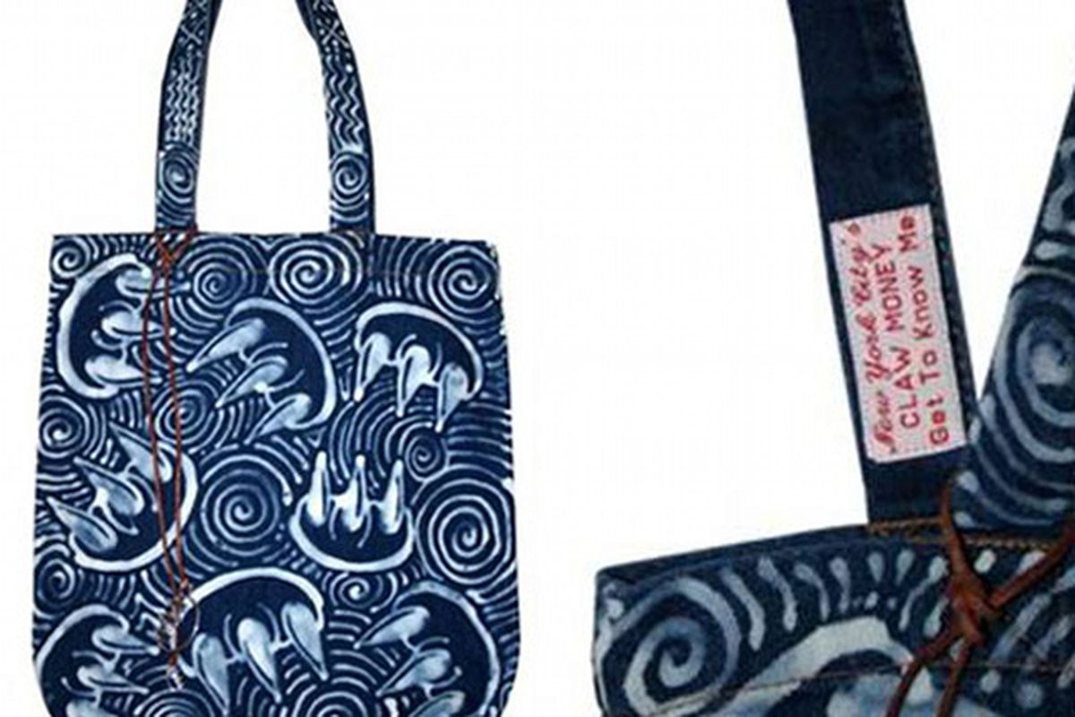 """Exclusive Claw Money tote for Fred Segal. Image via <a href=""""http://www.nitrolicious.com/blog/2009/06/17/claw-money-pop-up-shop-fred-segal-denim-tote-bags/"""">Nitrolicious</a>"""