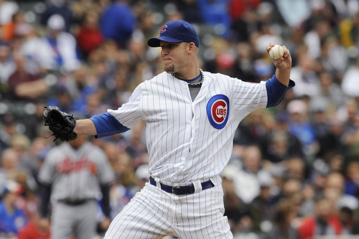 Paul Maholm of the Chicago Cubs pitches against the Atlanta Braves at Wrigley Field in Chicago, Illinois.  (Photo by David Banks/Getty Images)