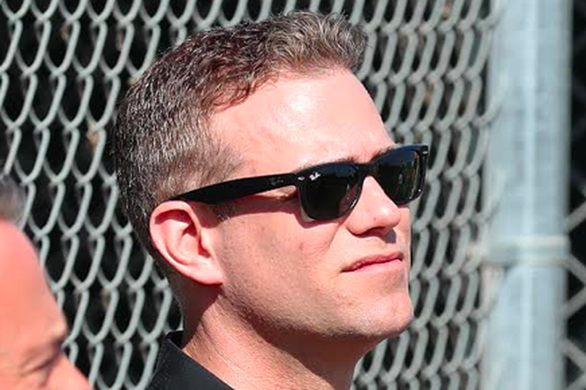 """""""I'm not an expert. I think it's important for us to rely on experts and be really transparent,"""" Cubs president Theo Epstein said of coronavirus preparations."""