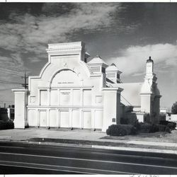 A photo of the second Weber Stake Tabernacle in Ogden in 1971.