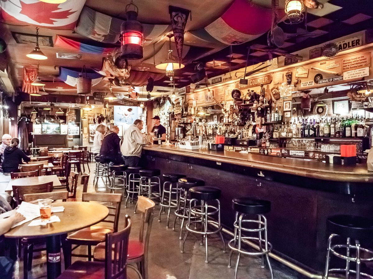 26 of North Beach's Best Eating and Drinking Destinations