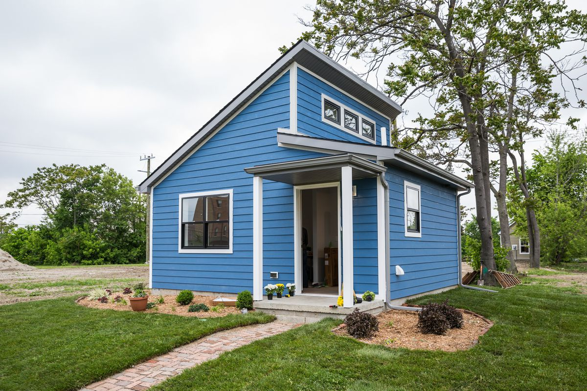 Fine A Tiny Home Community Rises In Detroit Curbed Detroit Interior Design Ideas Clesiryabchikinfo