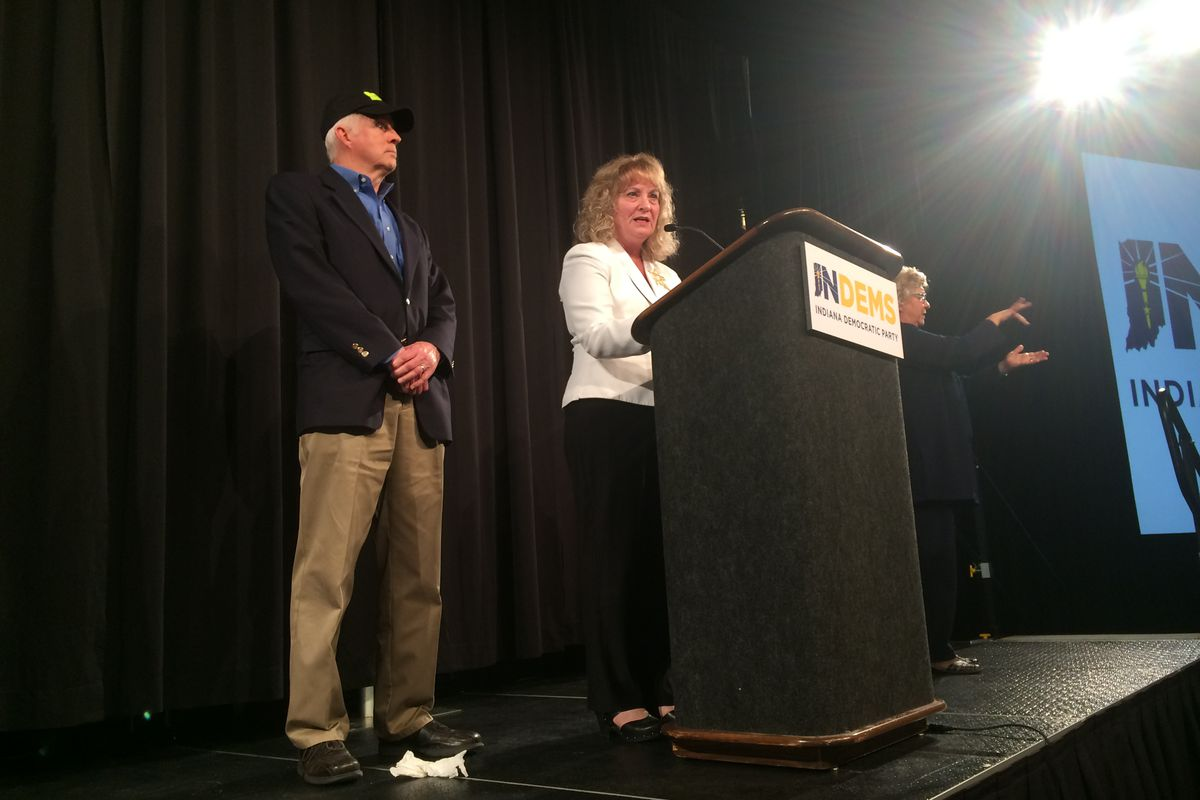 Glenda Ritz address Democrat supporters as she concedes the race for Indiana superintendent on Tuesday night.