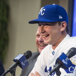 Royals first-round pick Brady Singer meets the media.