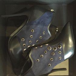Vero Cuoio heels, $418.50 (originally $1,395)
