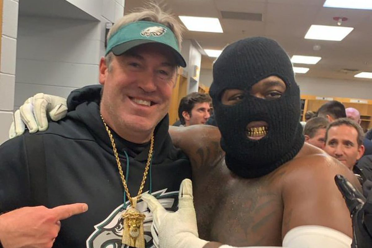 The Philadelphia Eagles are going to the Divisional Round of the 2019 NFL  Playoffs after beating the Chicago Bears! 1e3bd5f52