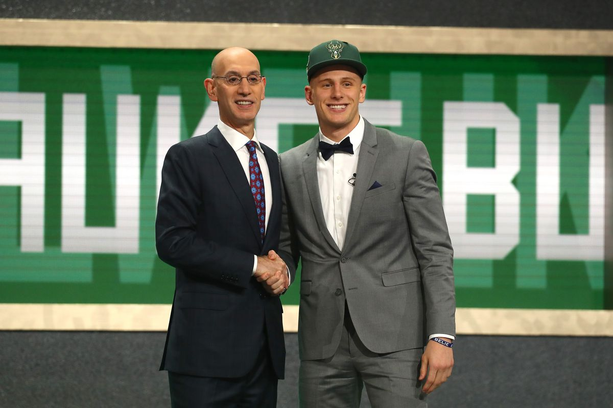 bbd26230faf DiVincenzo Convo: A Donte Chat with VU Hoops - Brew Hoop