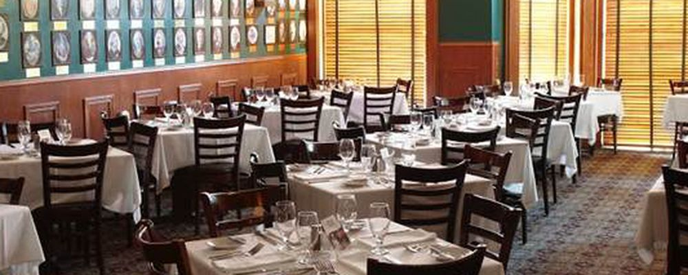 History Lines The Walls At Chicago Chop House Where Hundreds Of Photos Retell City S Past Restaurant Itself Is Located Inside A Victorian
