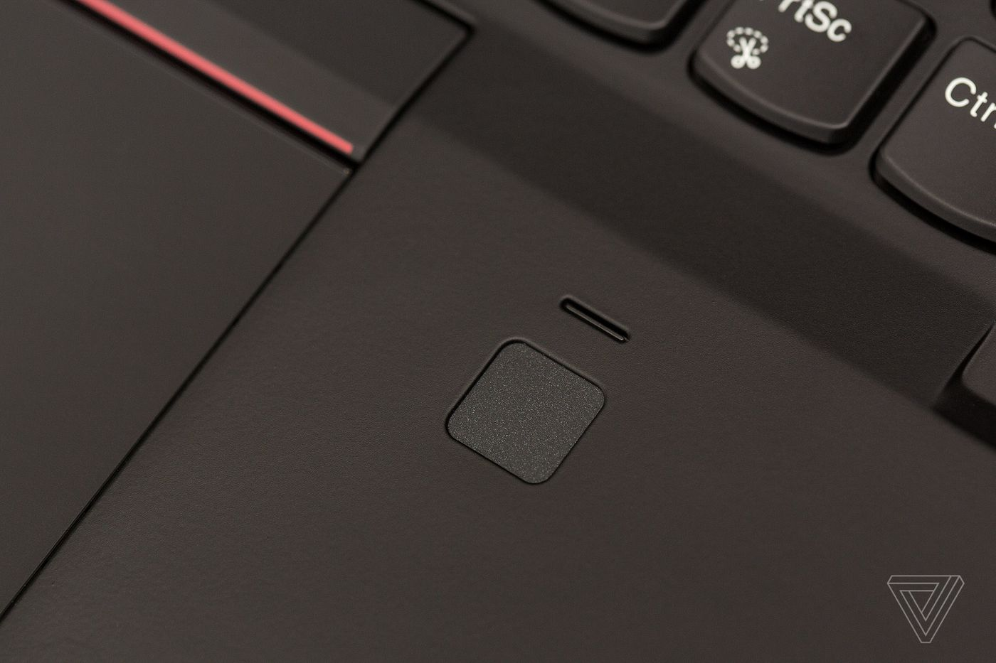 Lenovo ThinkPad X1 Carbon (2018) review: business in the