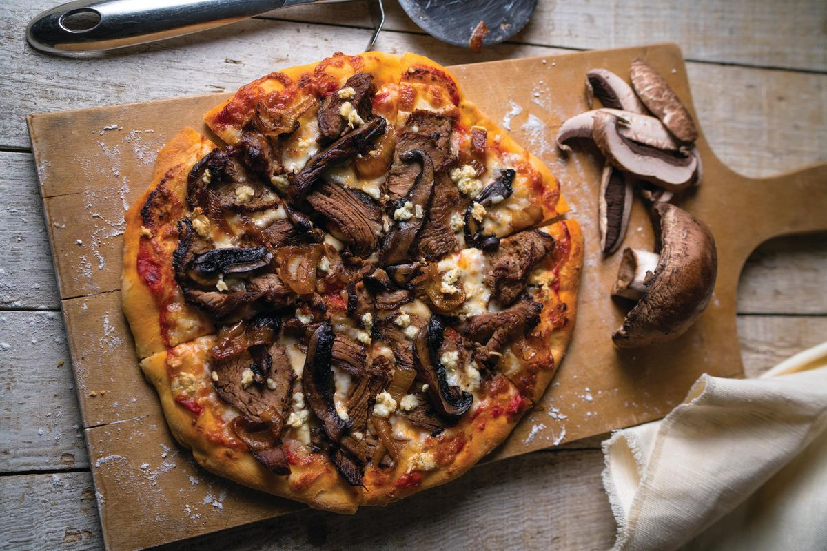 Newk's Eatery's grilled steak and mushroom pizza