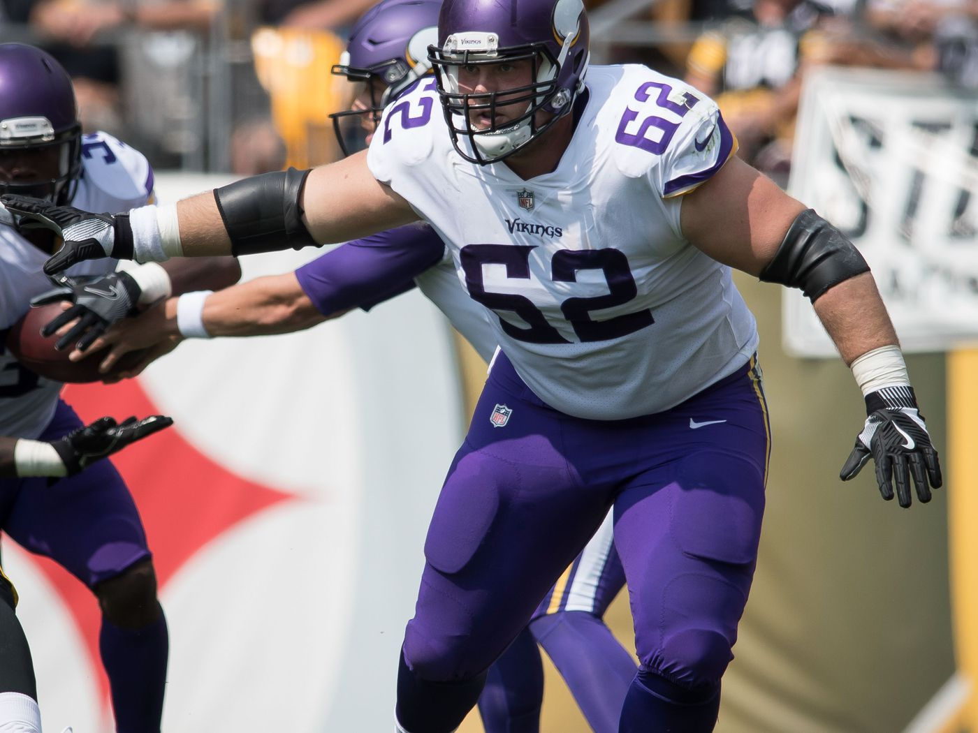 Report: Vikings make contract offer to Nick Easton - Daily
