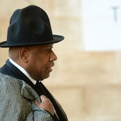 André Leon Talley pulling a Pharrell.