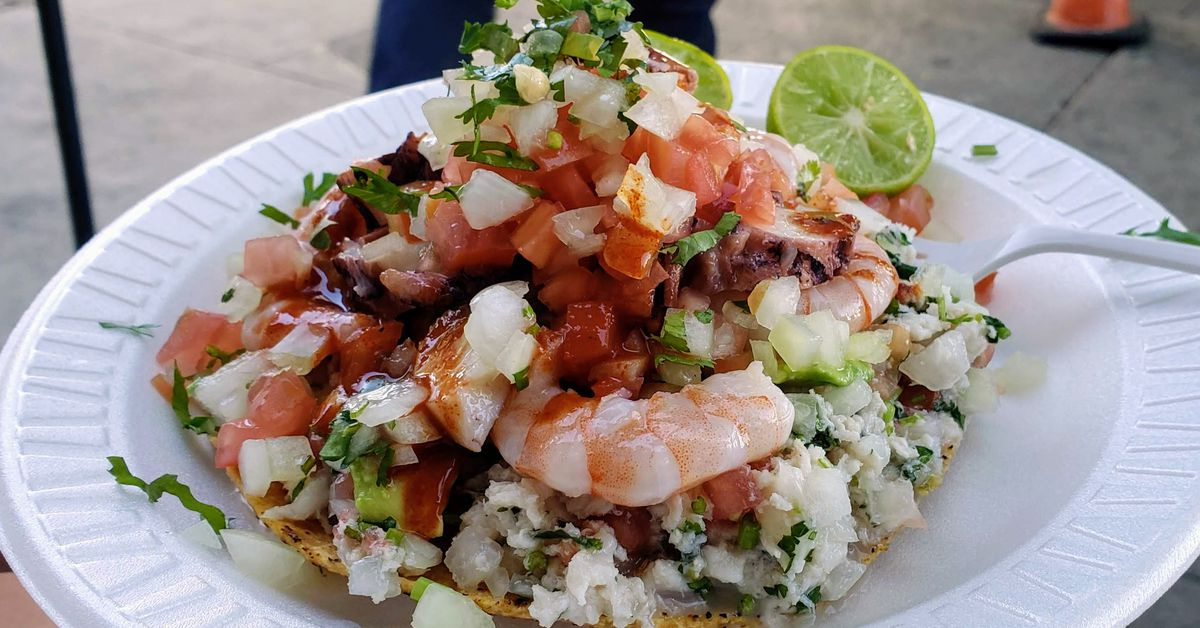 Taco kings Mariscos Jalisco asks Twitter where to park its newest truck