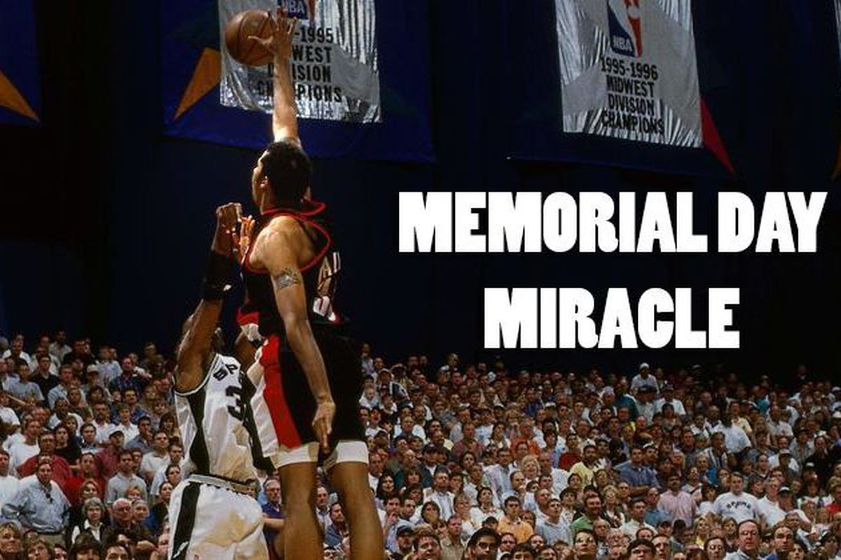The Spurs greatest playoff play: The Memorial Day Miracle