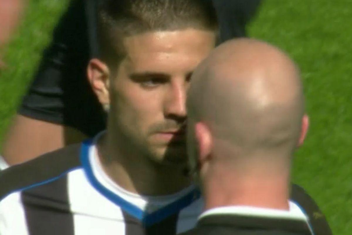Alexander Mitrovic Showdown with a Ref