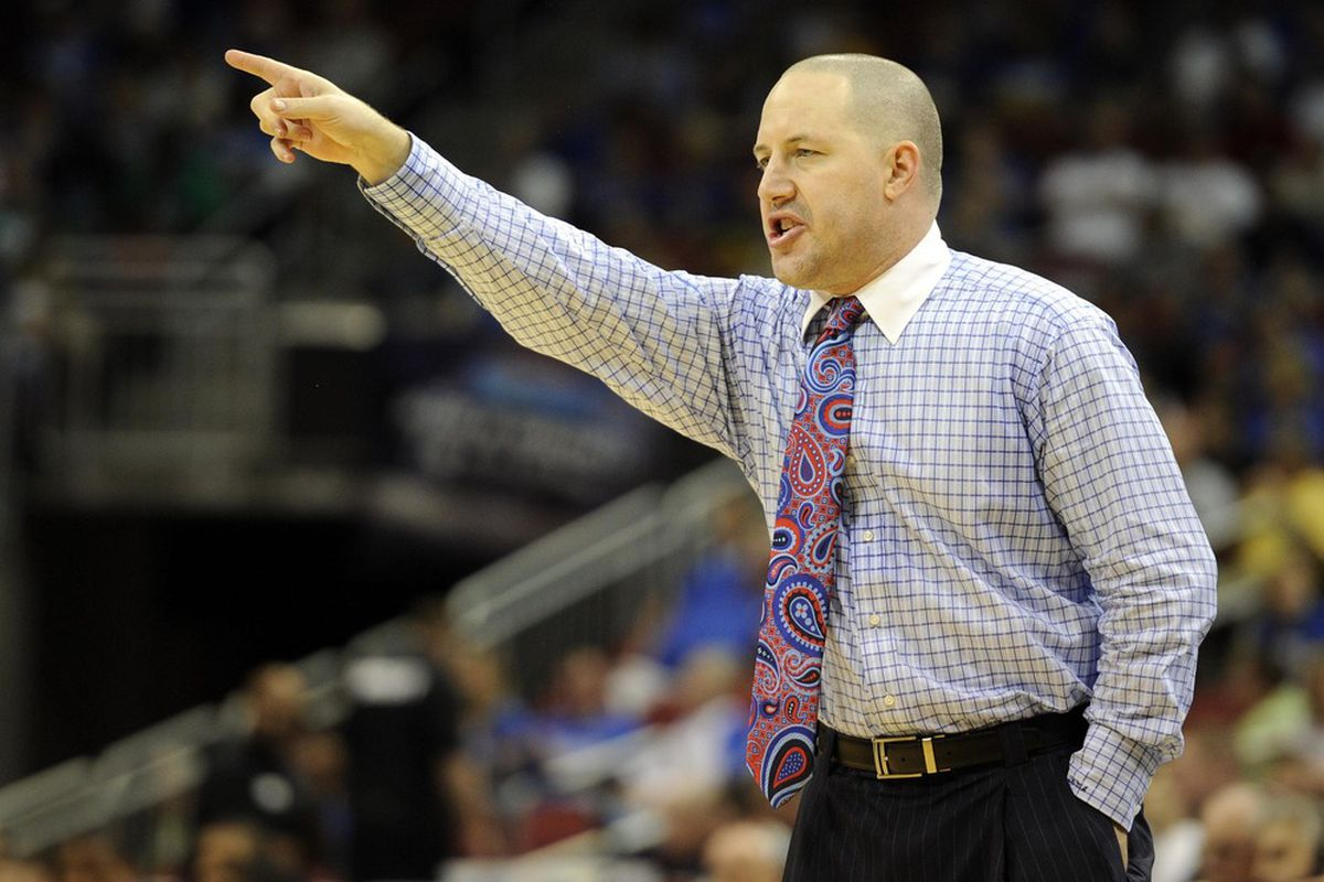 Buzz was at the combine yesterday and was wearing a shirt that vaguely resembled the tie he's wearing in this picture.