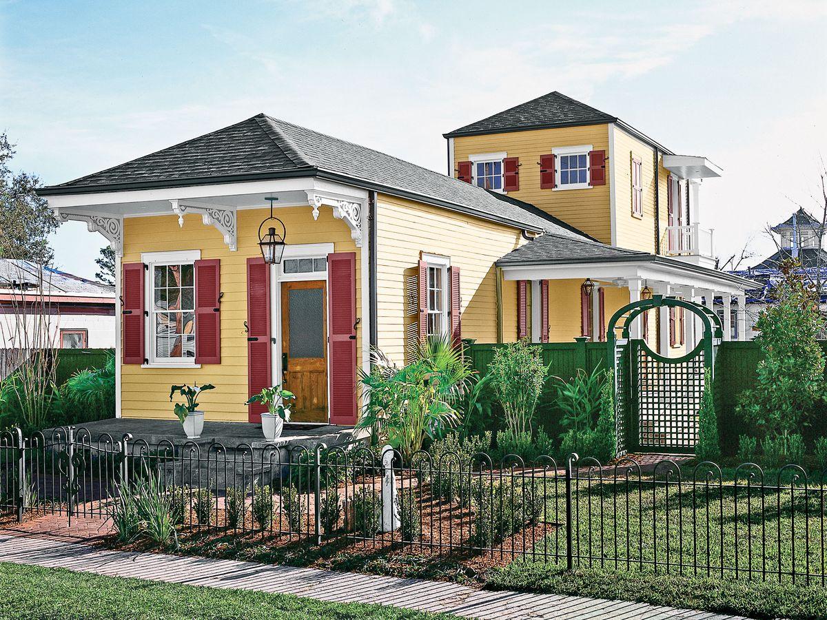 New Orleans rebuilds house exterior shot