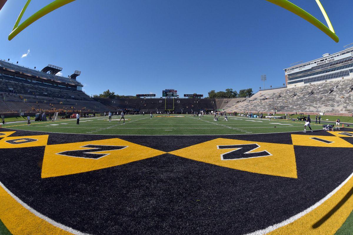 NCAA Football: Connecticut at Missouri