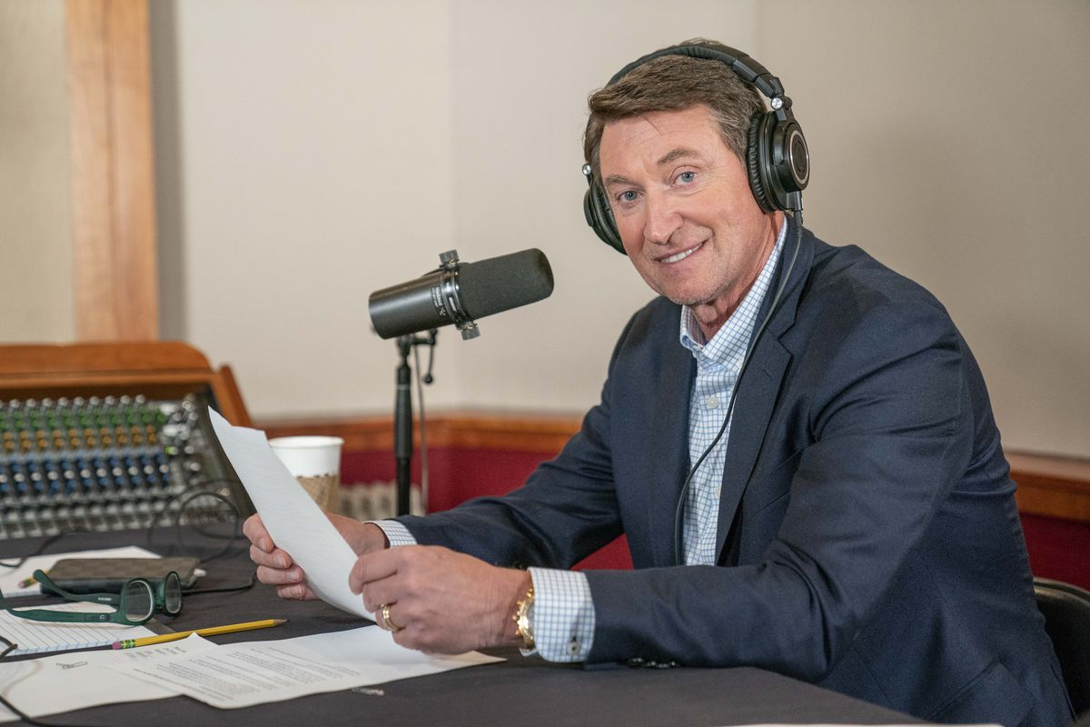 """The Great One On 1"""" With NHL Legend Wayne Gretzky Taping"""