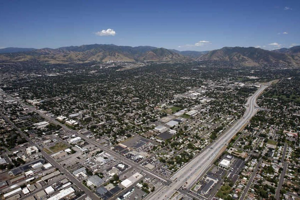An aerial view of the Salt Lake Valley, Friday, Aug. 5, 2011. For the fourth straight year, Utah ranked no. 1 for economic outlook among all 50 states, according to a new report.