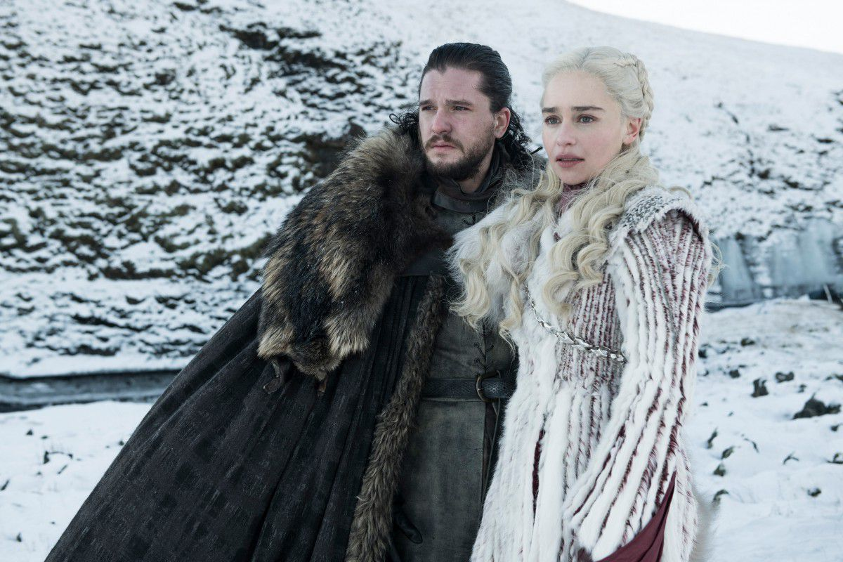 game of thrones season 8 jon snow and daenerys targaryen