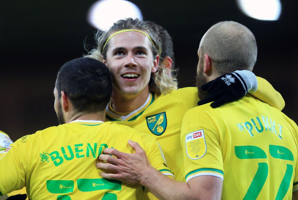 Norwich City v Huddersfield Town - Sky Bet Championship